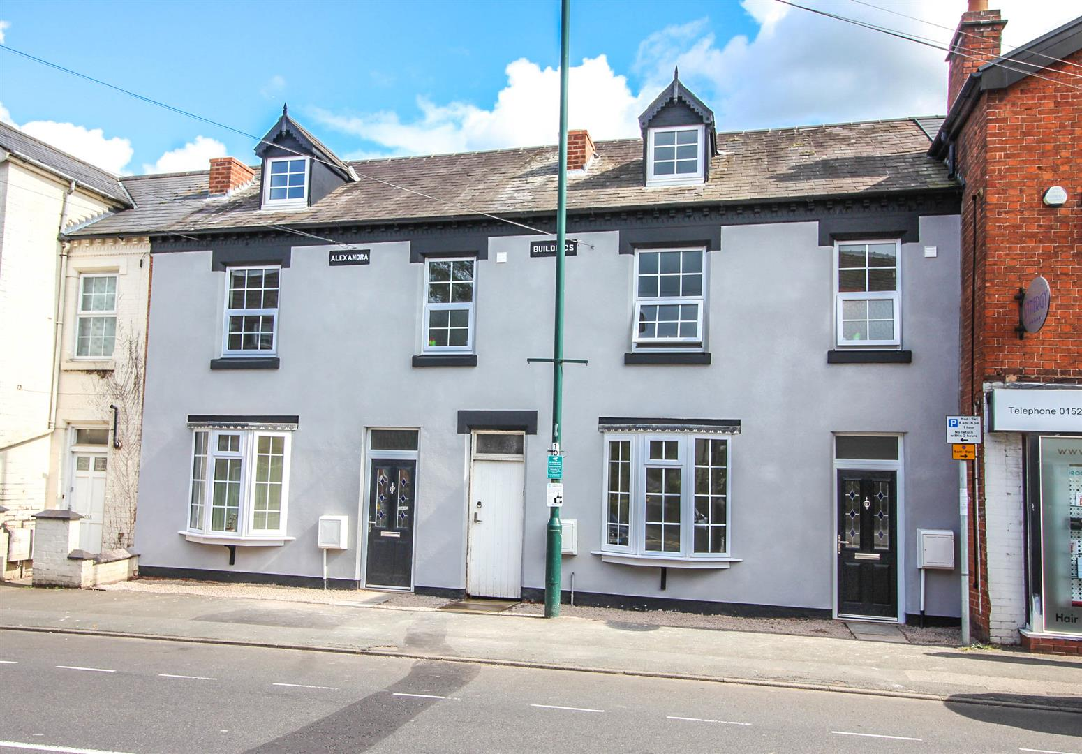 2 Bedrooms Maisonette Flat for sale in Alcester Road, Studley